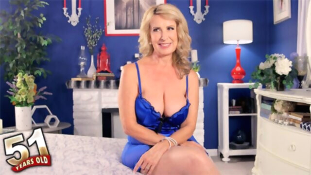 Welcome The New Hot Mama - Laura Layne -.. big tits blonde casting