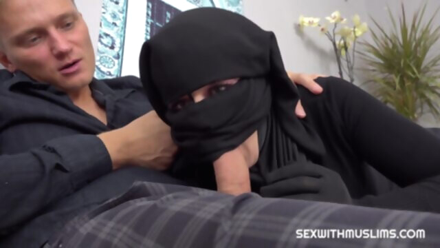 Little Elis Lonely Muslim Has Sex with.. arab cumshot hd